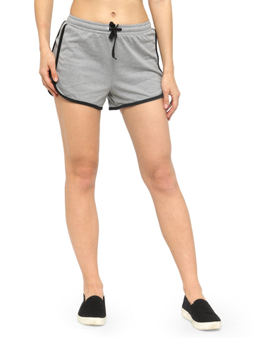 Women Pink Solid Regular Fit Shorts