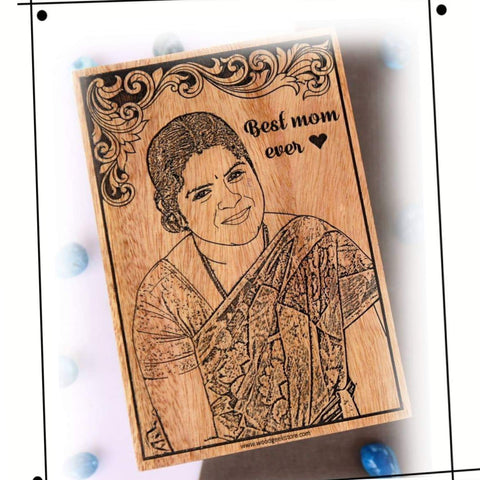 Wooden Engraved Best Mom Frame