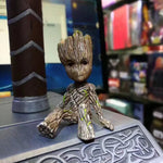 6cm - 2.4 inches Sitting Groot