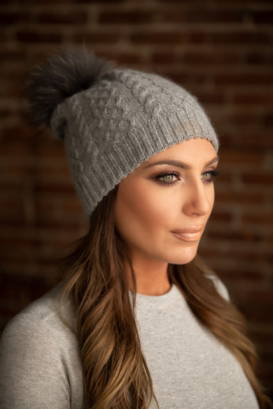 Grey Cableknit Cashmere Hat