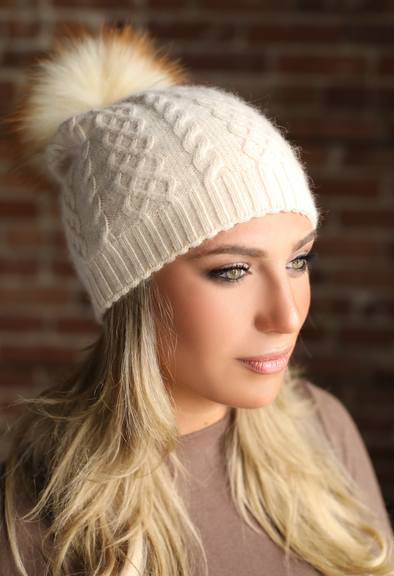 Cream Classic Cableknit Cashmere Hat