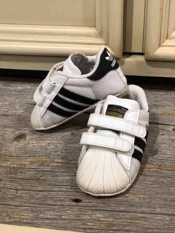 Chaussons Superstar Crib Adidas, gr. 1