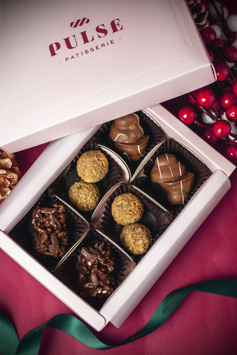 CHOCOLATE LOVERS PRALINE Christmas 2020 Pulse Patisserie