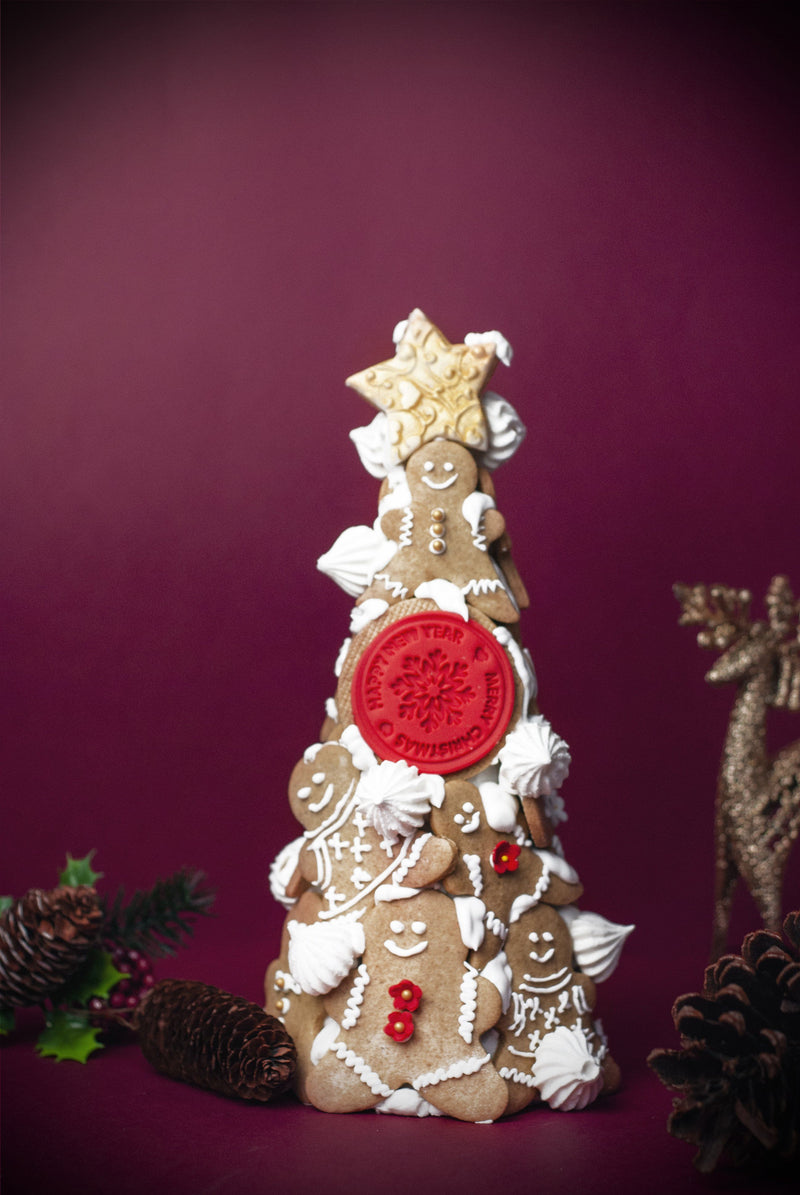 MINI GINGERBREAD MAN TOWER Christmas 2020 Pulse Patisserie