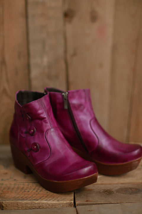 On-Trend Button Boot (Berry) ~ 615