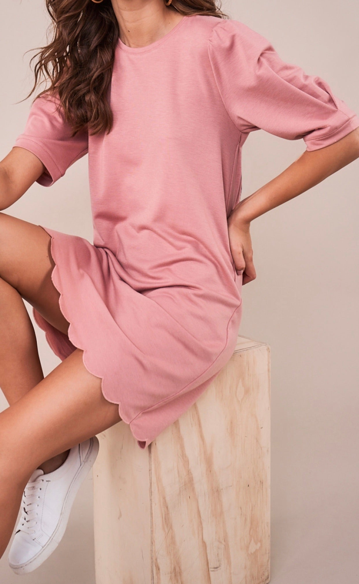 Anitta Scalloped Shift Dress