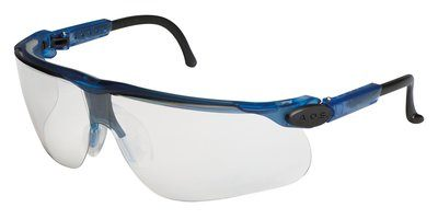3M™ Maxim Plus™, (20/BOX) S3M-12282 Blue frame and Clear lens with anti-fog/anti-scratch lens coating.  Minimum purchase of 20 Units.  (Unit price $8.48 each)