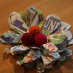 Be Funny! Newspaper Flower Free Pattern