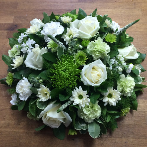 Grouped, textured, Woodland Style Posy Pad