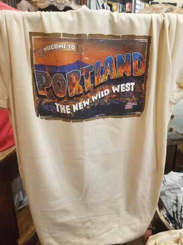 Portland Oregon sucks anti BLM t-shirt