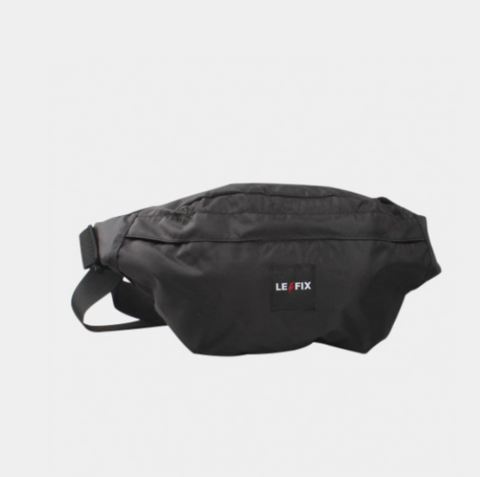LE FIX HIPBAG LOGO BLACK