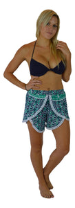 Holoholo - Short Pant with White Lace Trim - Mandala - Green