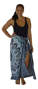 Holoholo - Mandala Sarong with Sequins - Black
