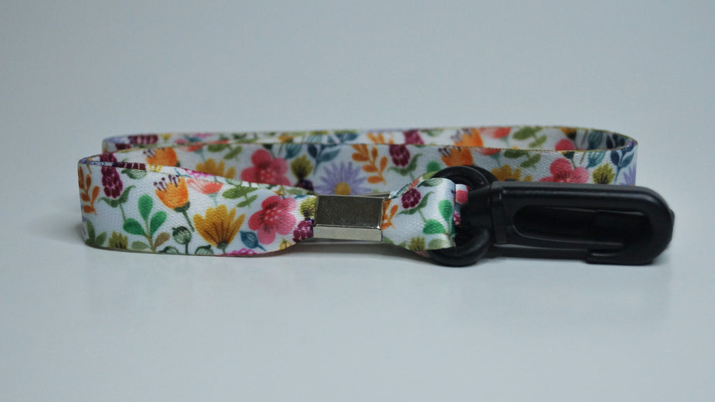Lucy - Floral Mask Lanyard