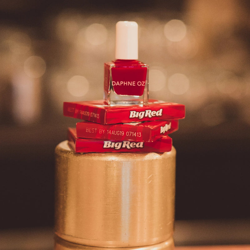 Holiday Red: Tenoverten x Daphne Oz Big Red