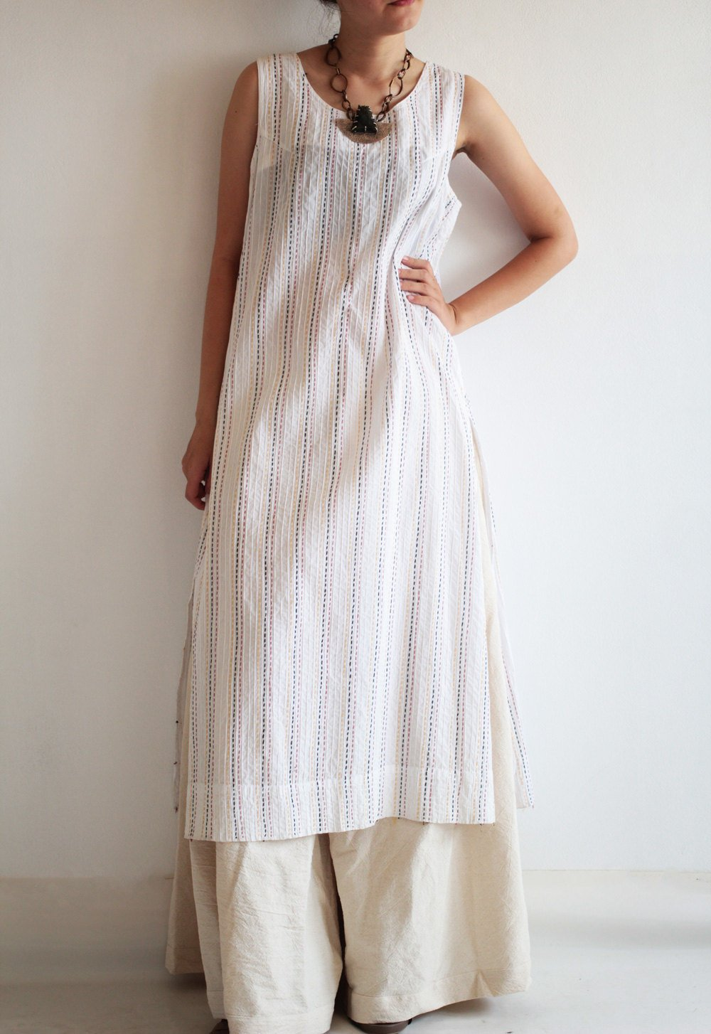 Kurta dress/tunic Round neck  full hand embroidery [D 017]