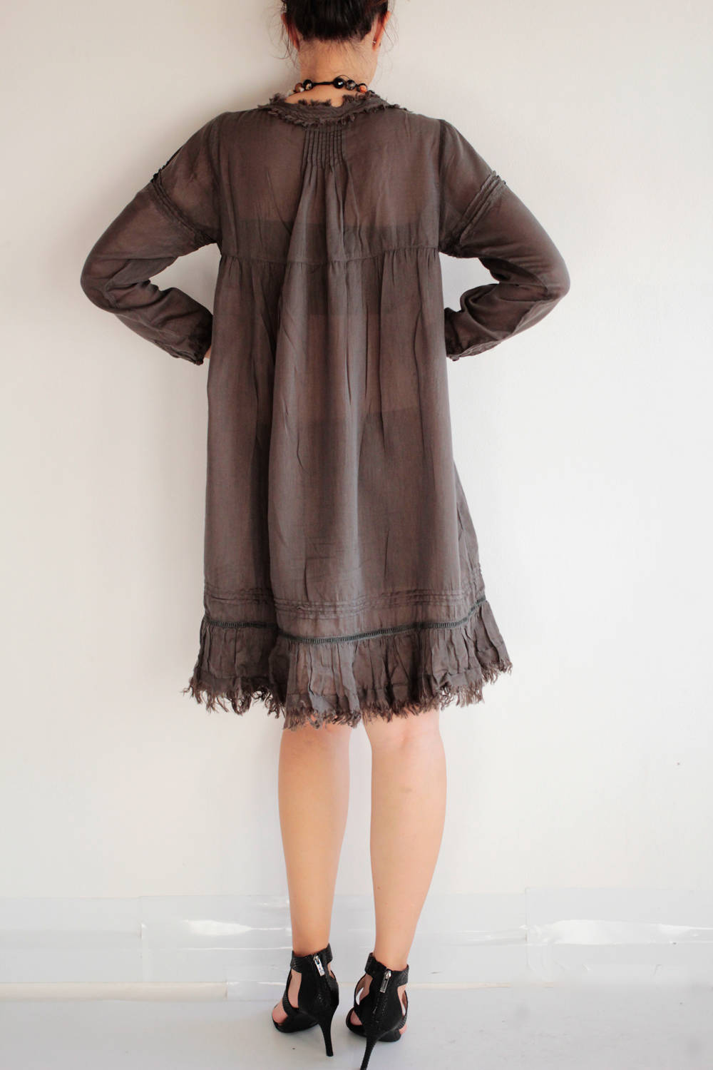 Knee length dress fringe hem...Mix silk Black (M-L)(192)