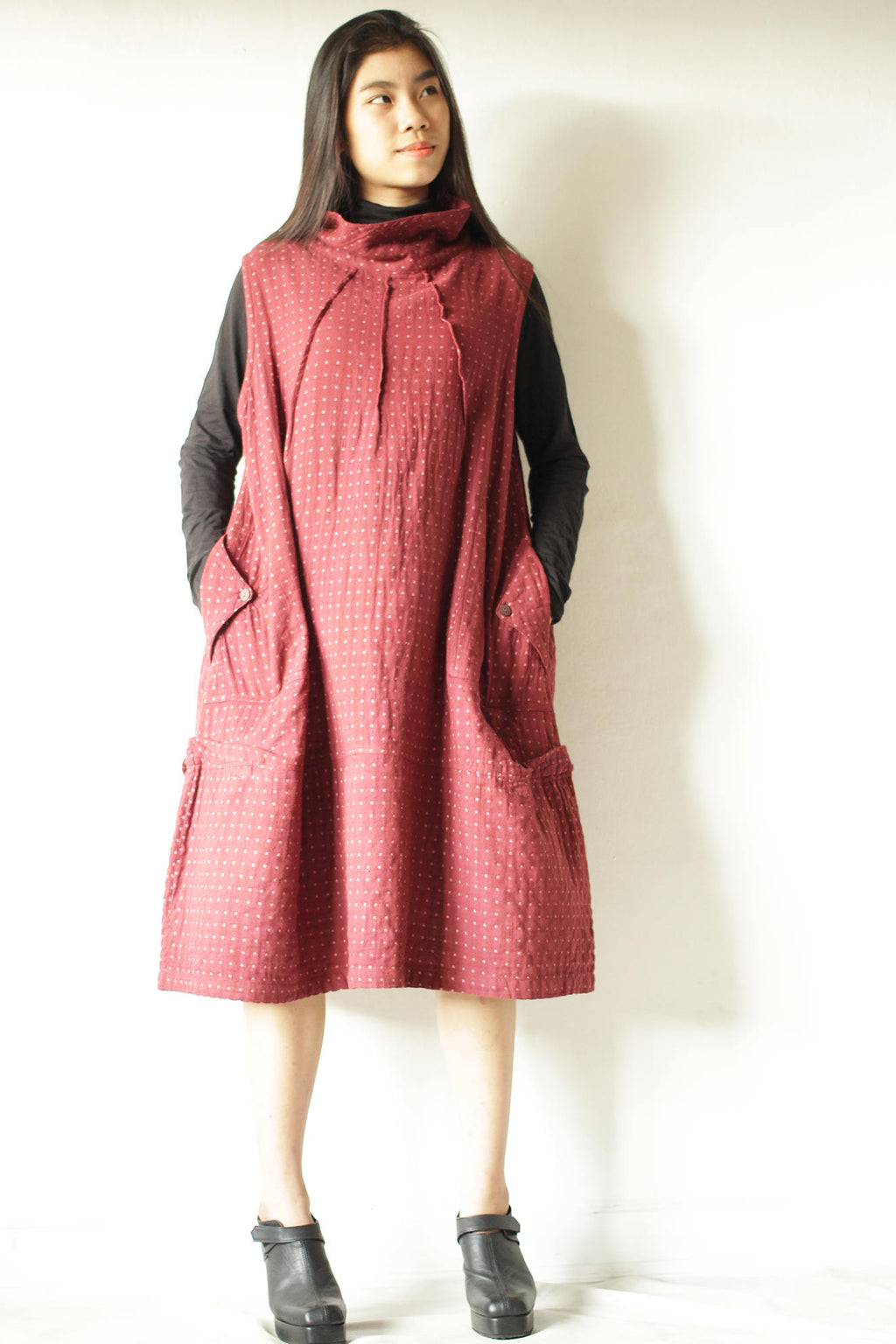 Dress/Turtle neck dress patterned fabric long sleeve knee length D1403