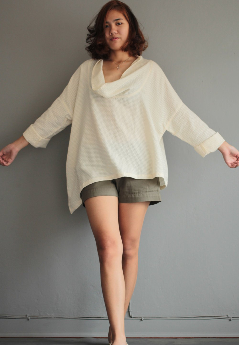 Loose fit blouse (1443) in one size Ivory