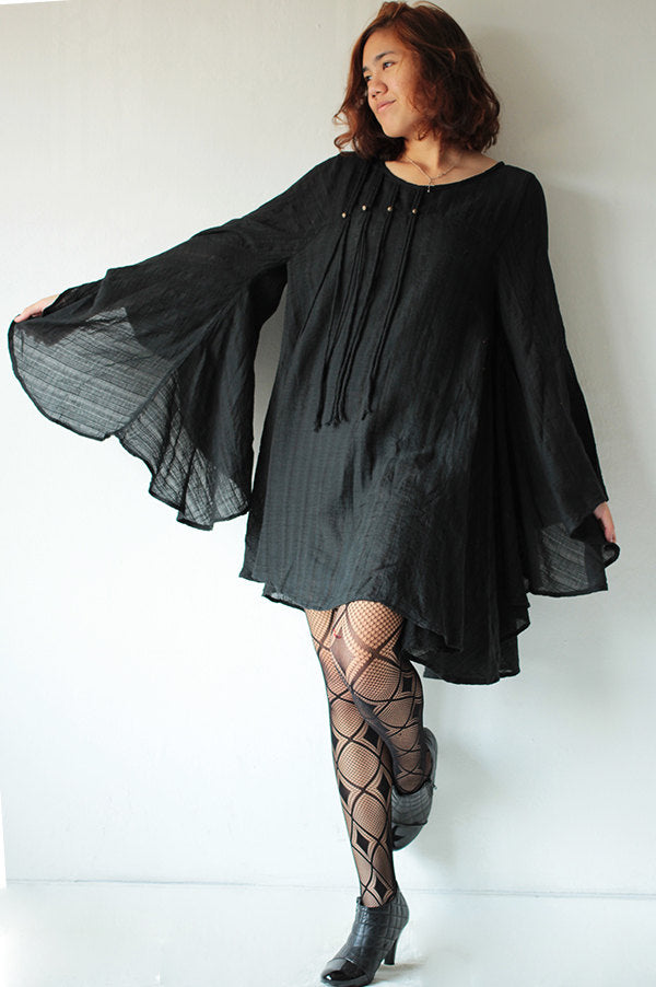 Kimono sleeve Blouse ...linen/cotton .Black.... long sleeve / maternity / urban / Japanese / Boho...(1447)