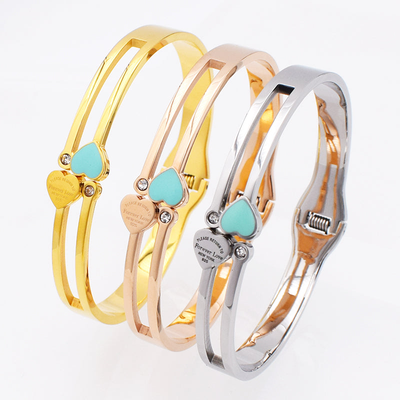 Bracelets 3 Styles Design Luxury Brand Bracelet Womens Stainless Steel Heart Bangle