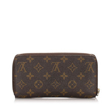 Louis Vuitton Monogram Zippy Wallet