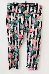 Lululemon Print Crop Leggings Size 6