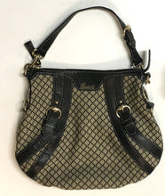 Gucci Crest Boule Medium Shoulder Bag