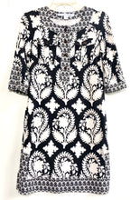 Diane Von Frustenberg Black and White Print 3/4 Sleeve Dress