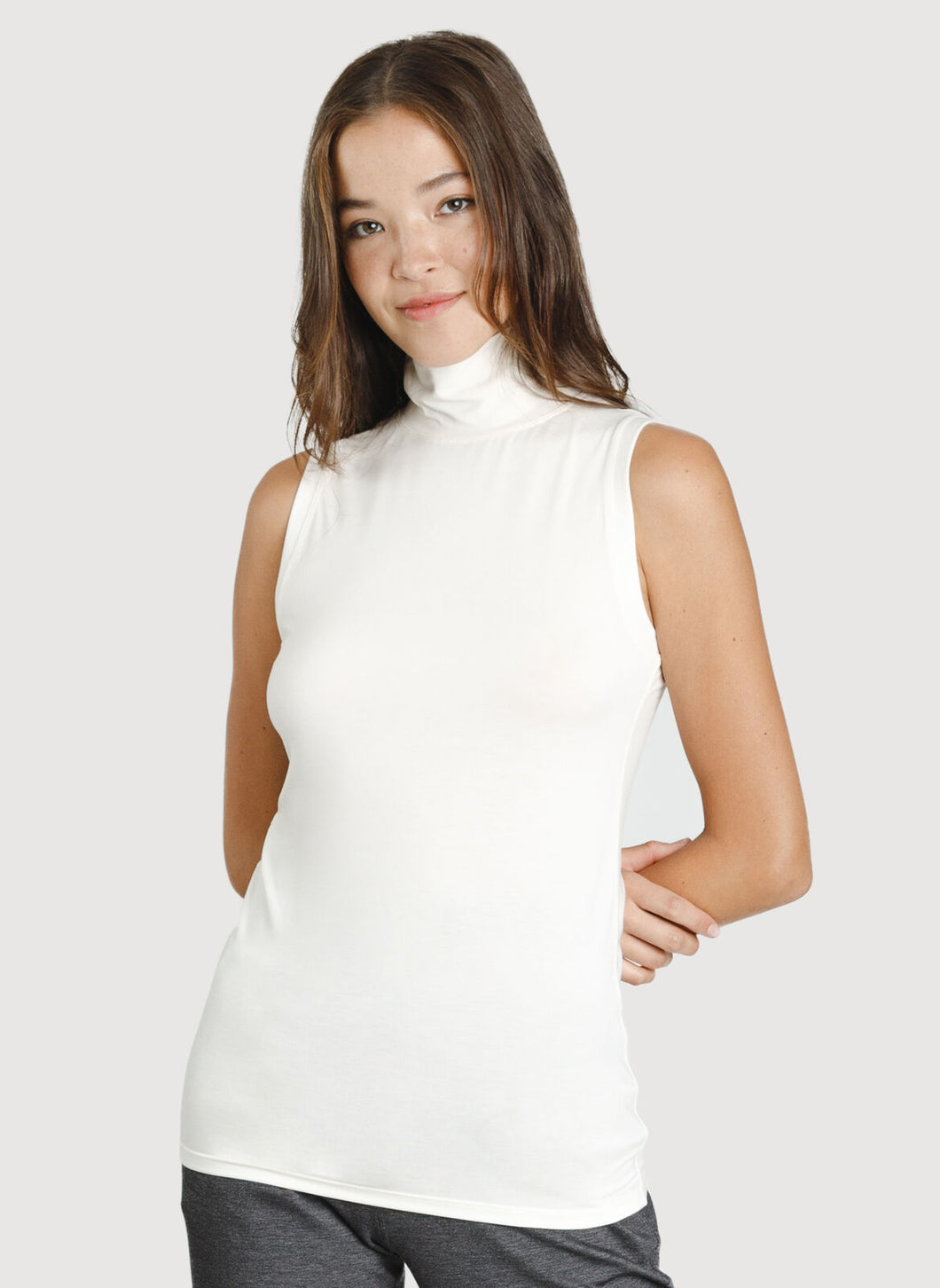 Kit and Ace Sleeveless Turtleneck