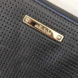 Stella & Dot Mercer Zip Wallet