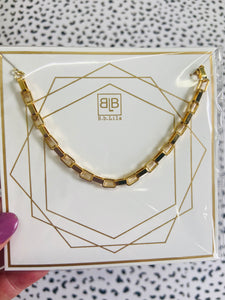 bb lila: glimmer necklace