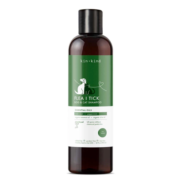 Flea and Tick Dog and Cat Shampoo by Kin and Kind