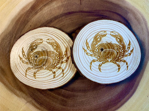 Crab wood coaster