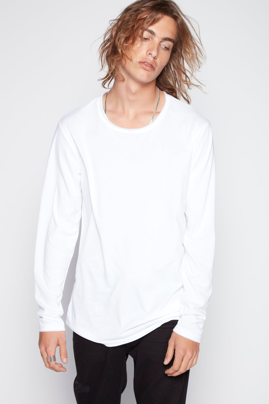 Top - Aki Raw Edge Long Sleeve