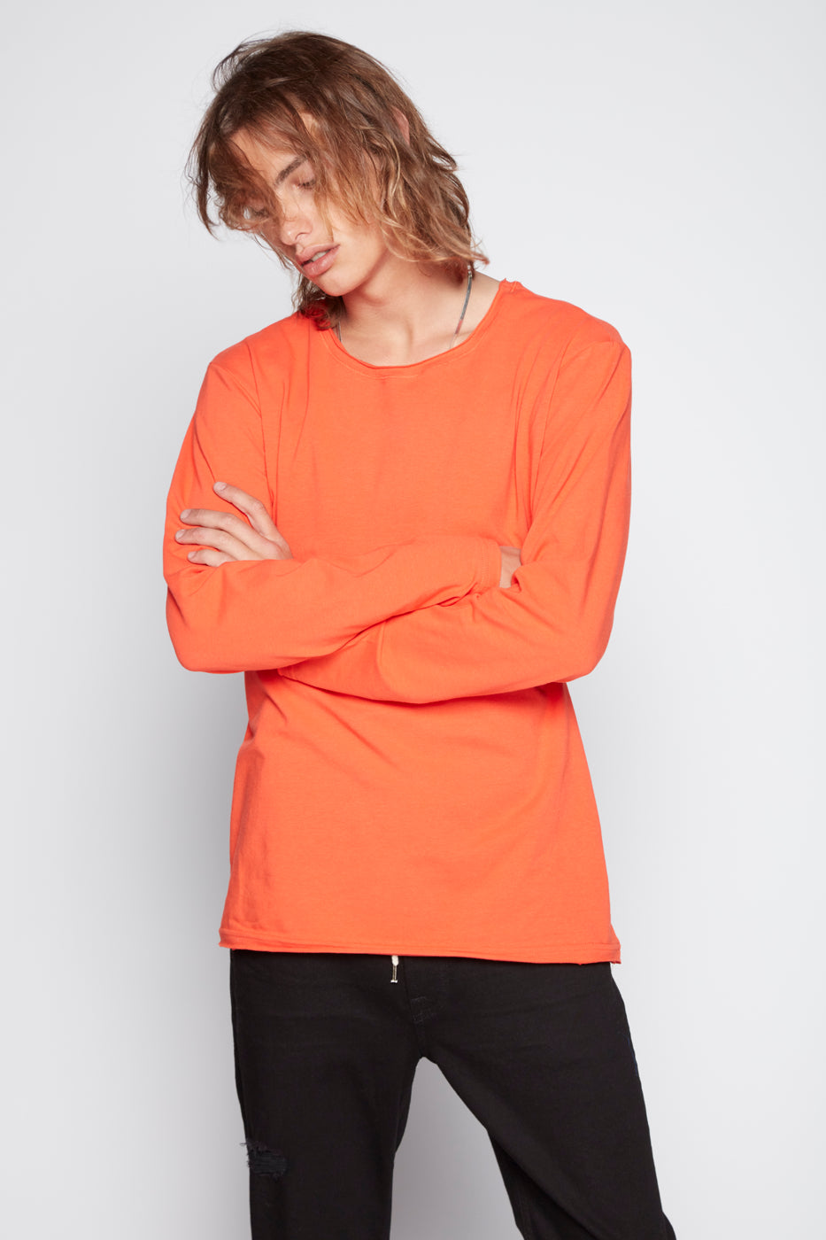 --Top - Aki Raw Edge Long Sleeve--