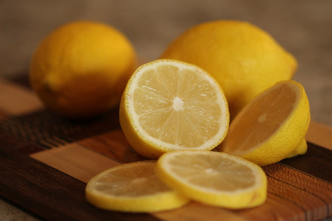 lemons-health-benefits-detoxify-body