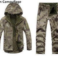 Men Outdoor Hiking and Hunting Clothes Camouflage Jacket + Pants