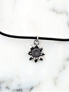 Wildflower Choker Necklace Charm | Daizeez