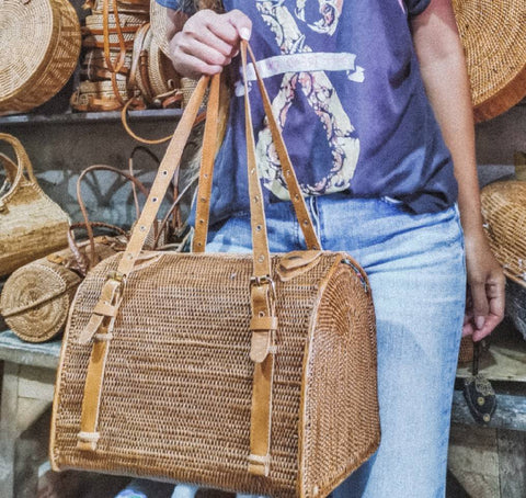 Absolutely what you are looking for! This rattan duffel bag is so beautiful