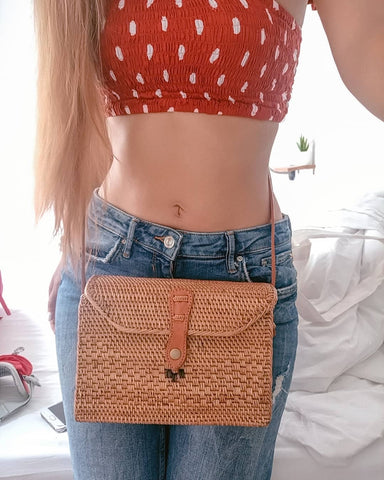 Cheap Straw Bag Beach Outfit Round Tassel Reusable Street Style Pink Woven Vintage Square Big Crossbody Fashion Summer Decoration Tote Crochet Pom Pom Black Embroidered
