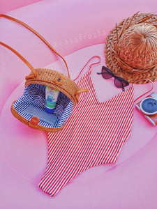 Great rattan bag wholesale It's so beautiful and is a great round city bag to bring to the beach. It arrived very quickly and looks stunning