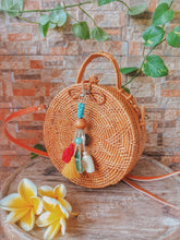 Gorgeous natural rattan bag is available online now, trending in our store, If looking for a beach bag with leather strap we have from natural to colored.