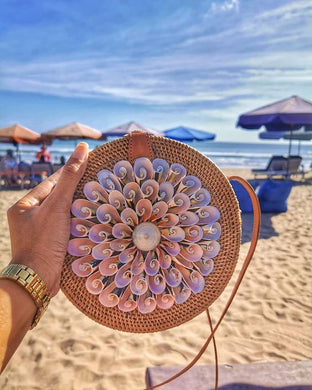 Double Six Sea Shell Round Bag Made in Bali