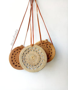 Get this as a gift for a friend who will all alway love this trendy rattan envelope bag, She will love the handmade rattan purse, always think about you.