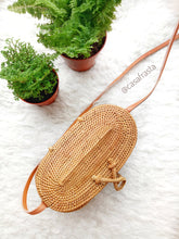 We are rattan bag wholesalers direct from Indonesia, Bali where real rattan purses are custom made.
