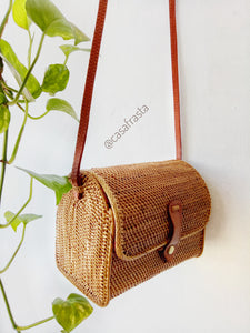 This large rattan beach bag is great! comes sooner than you expect, real rattan quality is great, use it once and you will get so many compliments