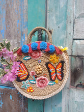 for wholesale rattan bags please email me