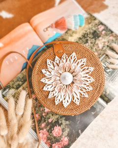 Flower Sea Shell Round Bag Made in Bali