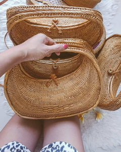 large rattan bag made with lovely batik lining comes with small details, This bag will be the perfect compliment to my any beach outfit.